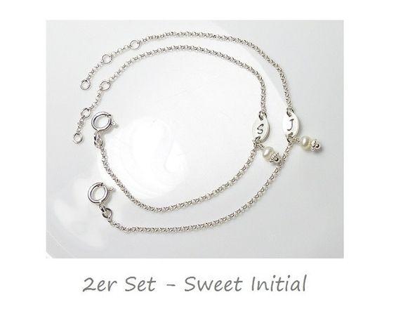 Namensarmband 2er Set Mutter Tochter Set - Trauzeugin - Sweet Initial ♥ Brautjungfer - Set 2 - 925 Silber  von Andressâ auf DaWanda.com