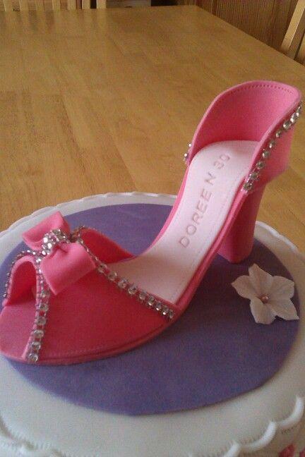 Schuh Doreen 30. ;)
