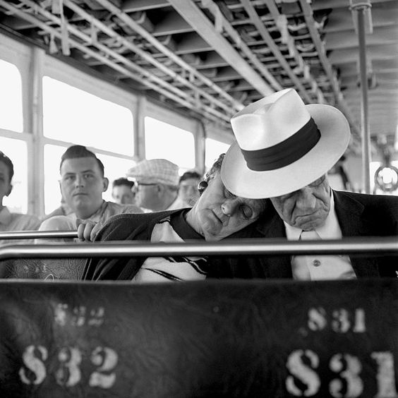 Vivian Maier captures life in her B photos