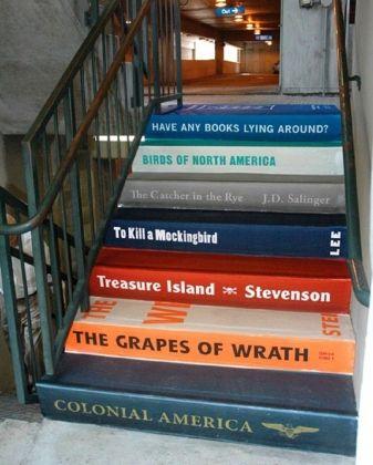 Escalier-livres: