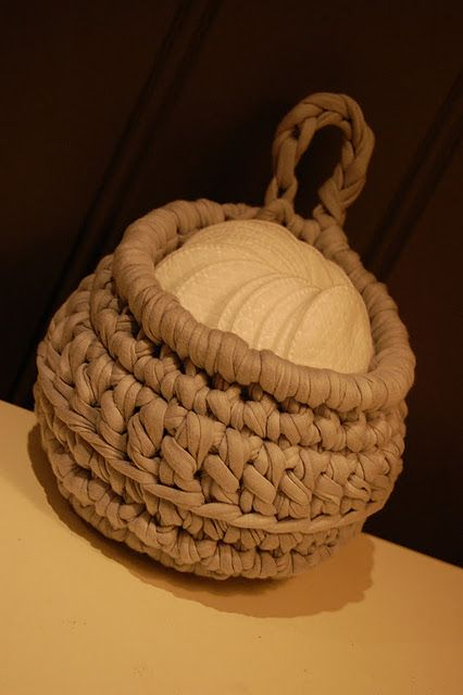 Knitting Patterns For Zpagetti Yarn : Crochet Basket - Zpagetti Yarn T-shirt yarn Pinterest ...