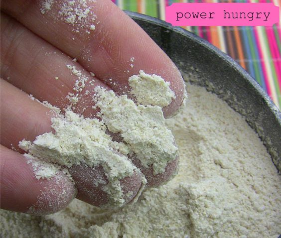 I\\\'ve been promising to share photos and a description of how to make your own quinoa flour with plain quinoa seeds, and now (at last!) I can cross it off of the to-do list.I *LOVE* baking with quinoa flour, so I hope this encourages you to give it a try!Quinoa ...