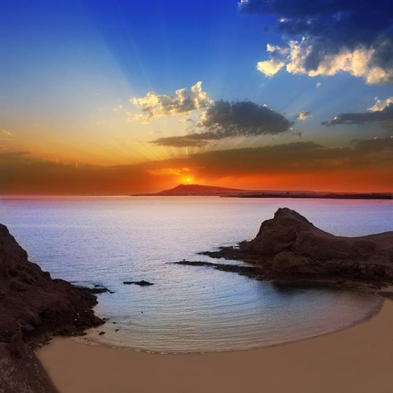 Coucher de soleil sur la plage de Papagayo - Lanzarote (Espagne)