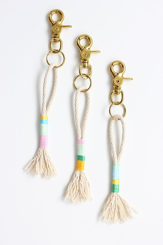 how to make keychains with thread