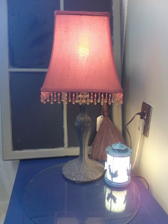 Vintage lamp, shabby chic lighting, metal lamp, lighting, lamp by MaggieBleus on Etsy