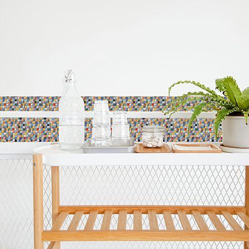 Creation D Une Frise En Mosaique Avec Des Stickers Pour Carrelage Adhesif Personnalisez La Taille Carrelage Carreaux De Ciment Salle De Bain Coloree Carrelage
