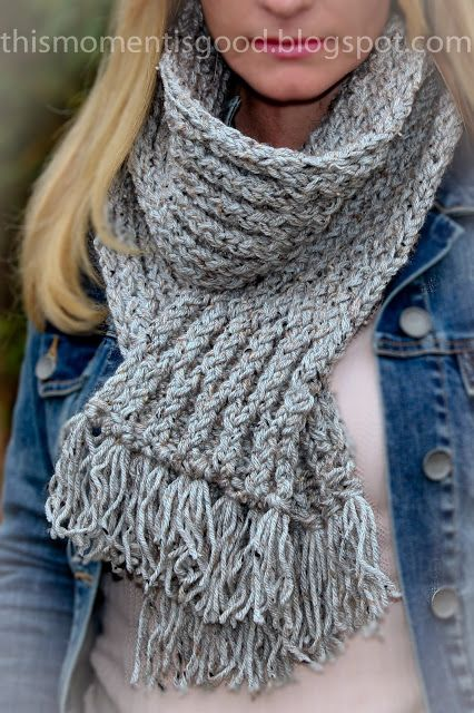 LOOM KNIT: ELEGANT HONEYCOMB SCARF. Pattern for this scarf included. thismome...