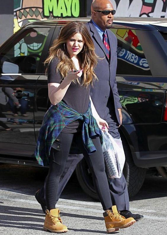 Khloe Kardashian | Inspiração para arrasar nos looks com bota | timberland boots