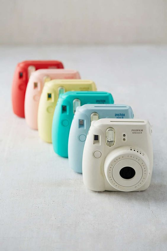 fujifilm instax mini 8 instant camera urban outfitters polaro d et appareil photo instantan. Black Bedroom Furniture Sets. Home Design Ideas