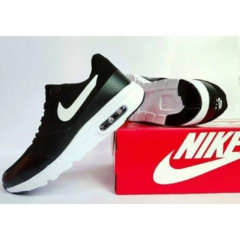 Nike Airmax One Cowok Hitam Putih Kilat Nike Hitam Sepatu