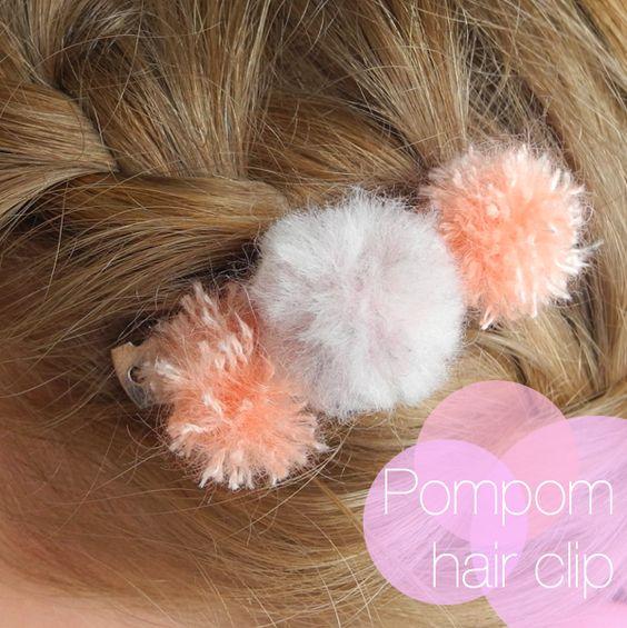 melimelo: Mini Pompom hair clip