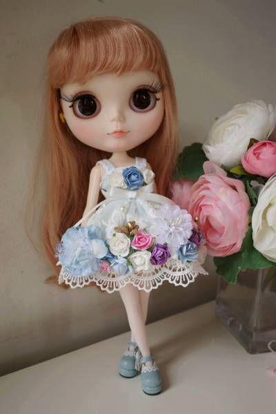 ブライスアウトフィット お花のドレスワンピース_画像1
