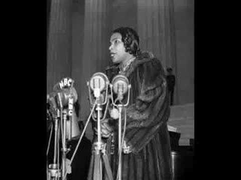 Ave Maria (Schubert)- Marian Anderson (our oral tradition speaks of her, but I've not found if our branches cross yet. )