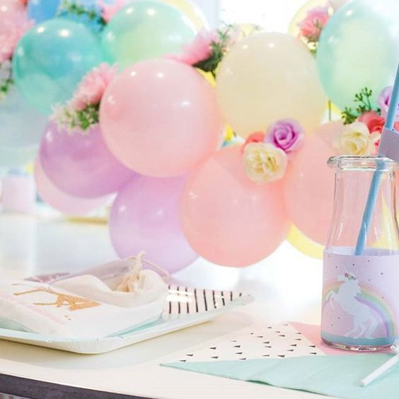 Amazing unicorn party by @kisswithstyle with our balloon table runner  Photography by @otisandsunday  #melbourneballoons