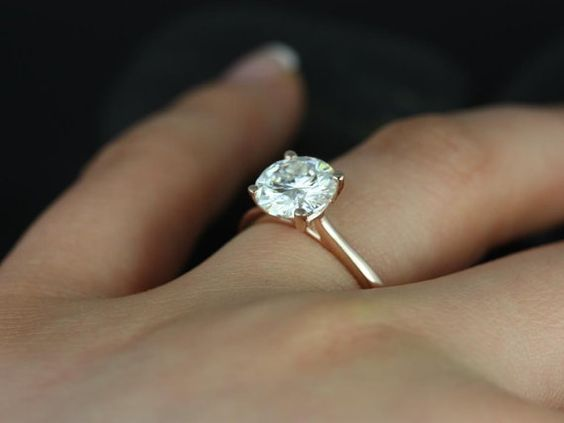 delicate setting diamond engagement ring
