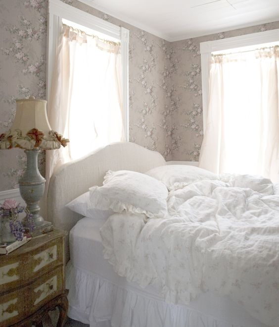 Rosabelle bedding in a lovely pink #shabbychic decorated bedroom – Rachel Ashwell Shabby Chic Couture #blushpink #romanticbedroom