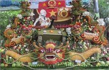 Craft fruit artwork on General Giap wins gold prize at Fruit Fest  A craft fruit artwork entitled'From Dien Bien Phu to the Great Victory of 1975 spring, Vo Nguyen Giap -Forever in our hearts' by artisan Phan Hong Dung won the gold prize at the 2015Southern Fruit Festival.  #vietnamtravelnews #vntravelnews #vietnamnews  #traveltovietnam #vietnamtravel #vietnamtour