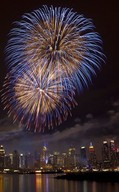 Macy's 2011 4th of July Fireworks from Weehawken, New Jersey