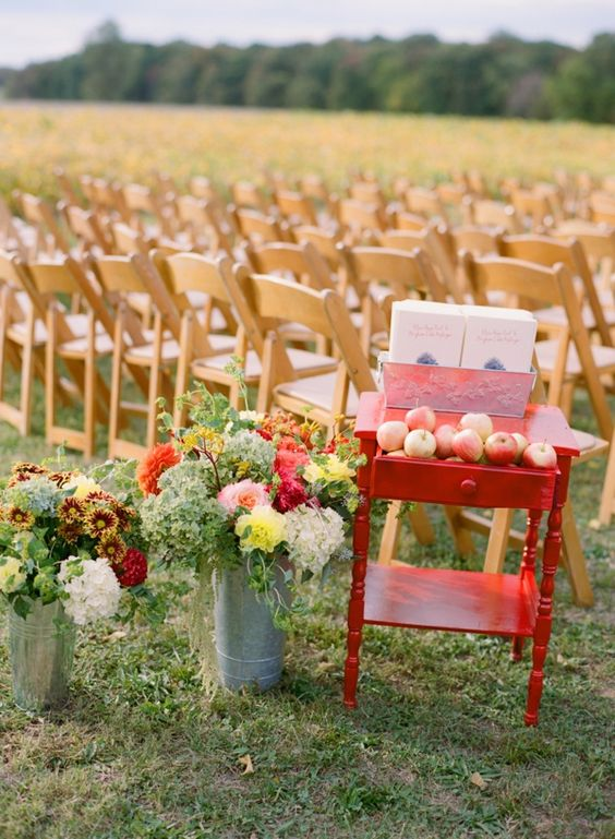 outdoor fall wedding | Abby Jiu #wedding