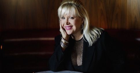Gennifer Flowers has shocking 40th anniversary gift for Clintons