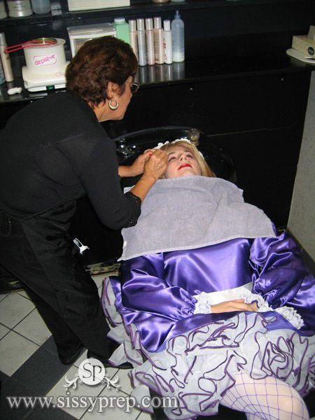 Transvestite beauty salons