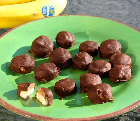 Chocolate-covered Banana Bites. oooohhh