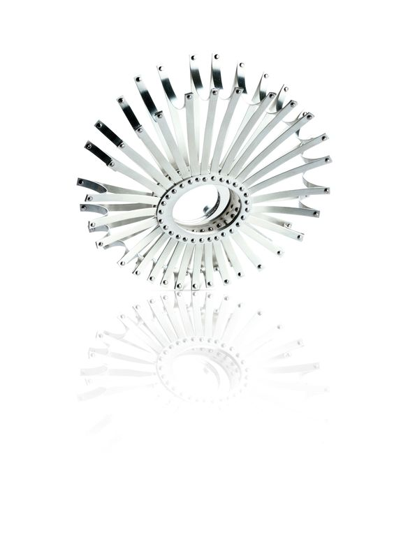1880 - 'Phases of Motion'; Jemma Crosbie. Brooch: Silver, palladium, sapphire, diamonds.