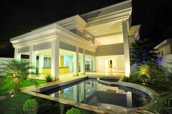 Linda casa à venda no Lago Sul, Brasília.