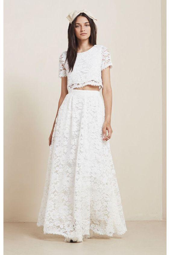 Deux pièces de robe de mariée en dentelle