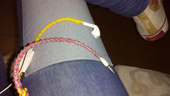 Personalizando mis auriculares con lo q había :)