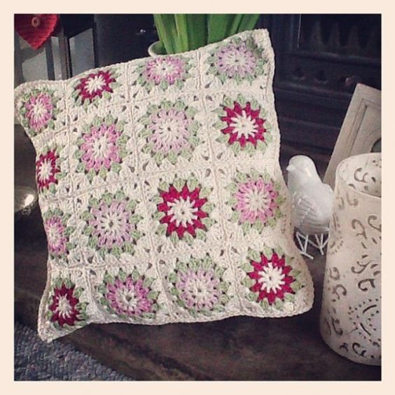 almohada crochet cojines de ganchillo cuadrados de la abuelita crochet ideas de ganchillo textil chrochet artesana almohada