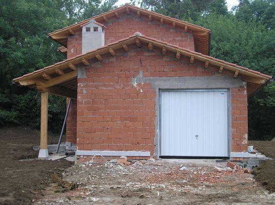 Construcci n de un peque o refugio pero con mucho estilo for Tejados de madera rusticos