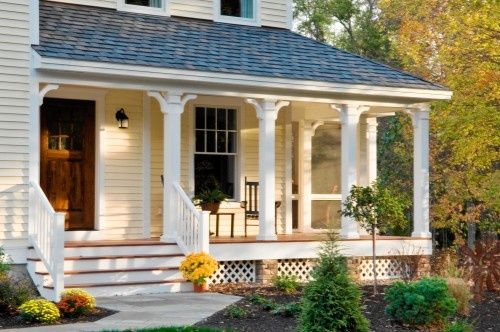Like The Yellow Siding With White Trim And Lattice Around The Bottom Front Porch Design Traditional Porch Front Porch Columns