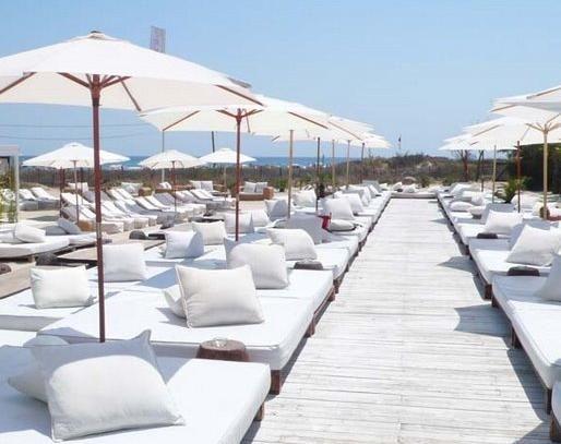 Nikki Beach – St. Tropez, summer destination, all white, basic, summer vacation, vacation, beach, pool, party