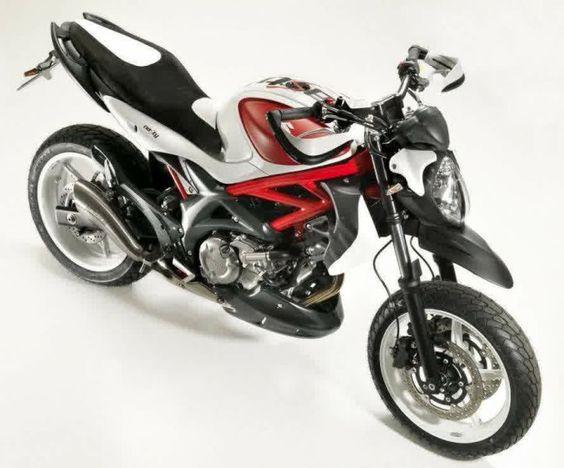 suzuki gladius 2015 supermotard motos pinterest. Black Bedroom Furniture Sets. Home Design Ideas