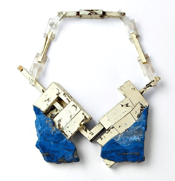 NSAIO6 - Matthias Dyer (Dipl 2012) necklace lapis lazuli, plastic, varnish, silver, steel 2012: