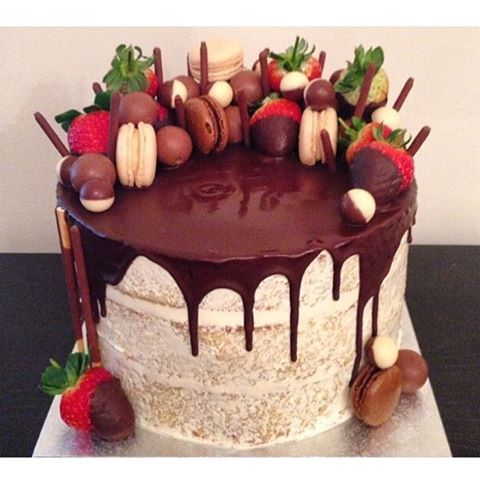 Image Result For Cake With Macarons On Top With Images