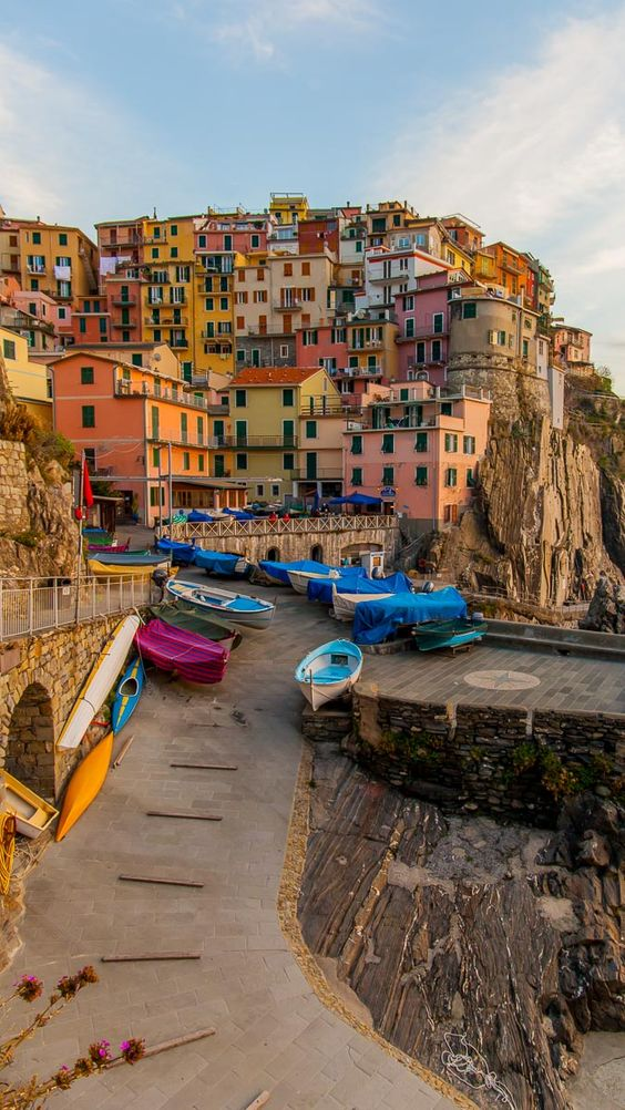 Cinque Terre in 20 Photos: A guide to the five lands of Italy