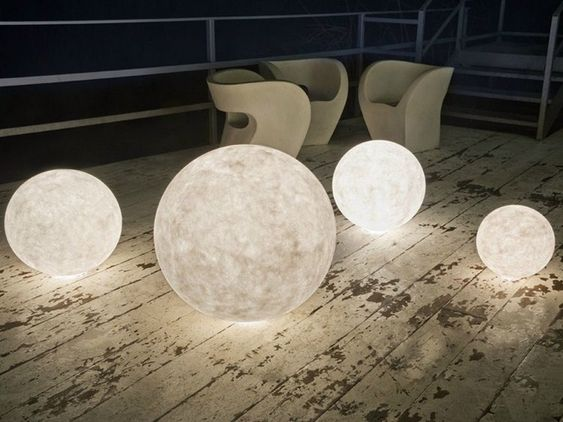 led gartenleuchten kugeln nebuline ex moon von in es. Black Bedroom Furniture Sets. Home Design Ideas