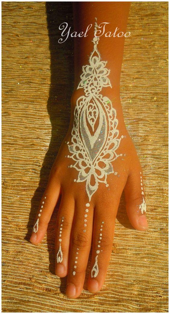 tatouage paillet blanc et argent par yael le henn version l gance facebook ayael henn. Black Bedroom Furniture Sets. Home Design Ideas