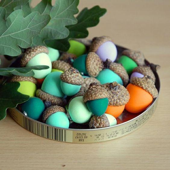 Eichel bemalen - süße Idee für basteln mit Kindern im Herbst - acorn craft with kids