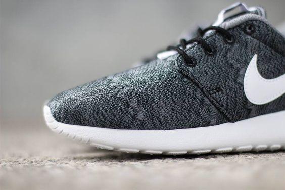 Nike Roshe Courir Gs Impression Noir / Anthracite Roshe