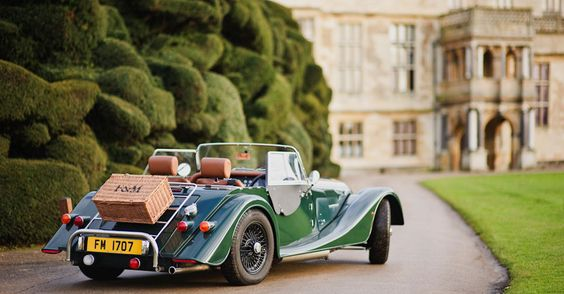 F Hamper strapped to a Morgan car - lets go for a picnic!: