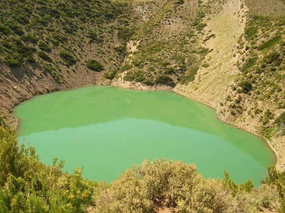You will find two sinkholes found in Mendoza province, in Argentina. Both…
