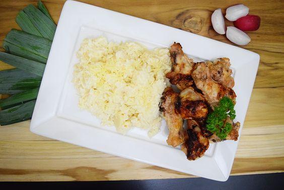 Chicken and Piamontese Rice. Super Brazilian.  www.apequenacozinha.com