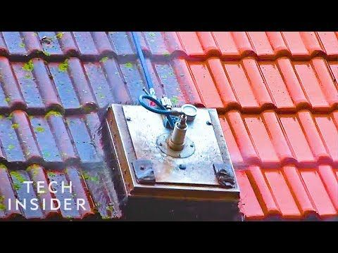 Cleaning Roofs Is Easier With This Machine Youtube In 2020 Roof Cleaning Cleaning Clay Roof Tiles