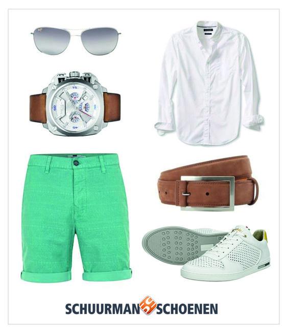 Deze zomer zul je deze look vaak zien bij de heren: een korte (gekleurde) broek met daarboven een witte blouse, afgemaakt met cognac kleurige accessoires zoals een riem en horloge. Een stoere pilotenzonnebril erbij en je ziet er tiptop uit! De witte Pantofola D'oro Ebice Low sneakers maken het geheel af en geven de nette outfit een vleugje stoerheid. Klik om de schoenen in onze webshop te bekijken.