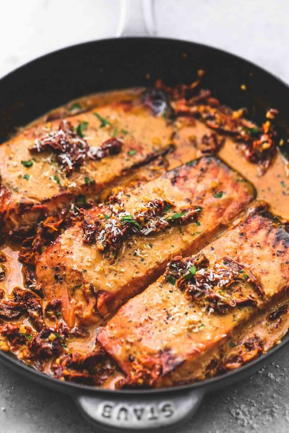 Salmon in Creamy Sun Dried Tomato Sauce