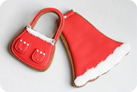 Mrs Santa Claus's bag and outfit!    more here:http://sweetopia.net/2010/12/diva-claus-decorated-cookies/