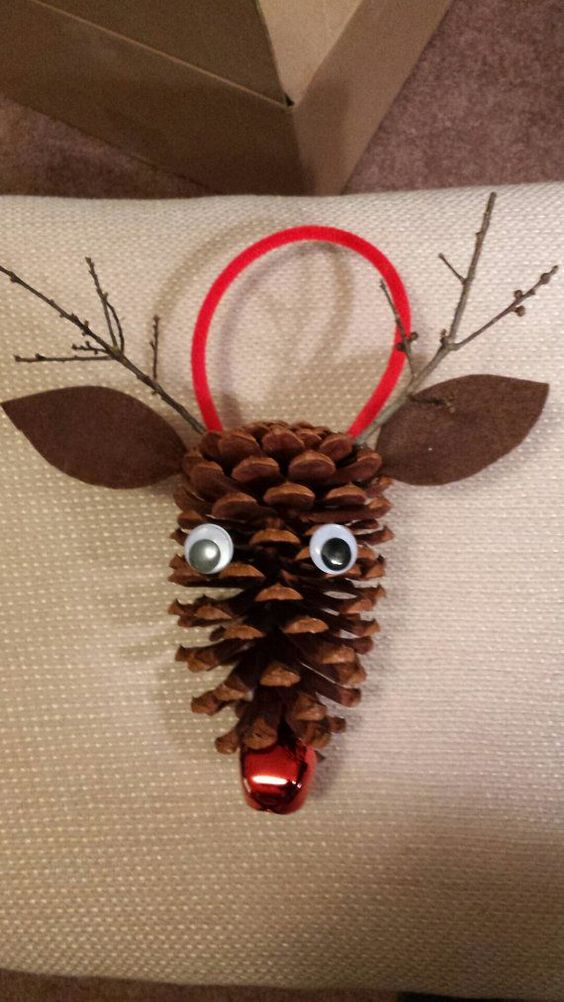 Pine cone rudolph the red nosed reindeer by for Crafts using pine cones